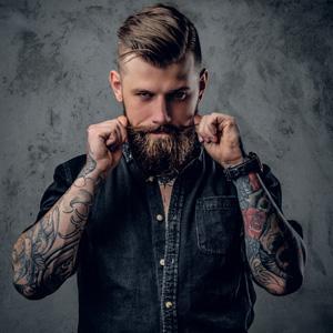 Casanova BarberHouse cuenta con grandes profesionales del sector de la Barbería, con un amplio curriculum que les avala, Humanos, profesionales, proactivos y sobretodo deseosos de conoceros y cambiar el concepto que hasta ahora teníais de la Barbería